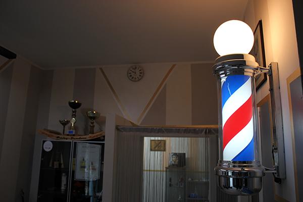 Dettaglio barbiere a Castelseprio